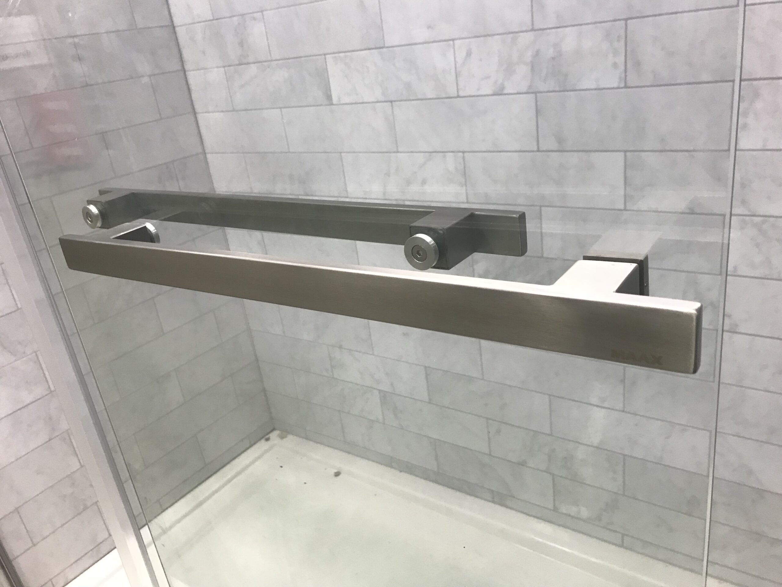 Custom Glass Shower Enclosures in Newark NJ